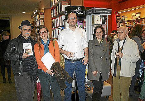 Fernando Mejías, Rosa Álvarez, de Editorial Sloper; Sergio González, Cristina Moscoso y Juan Carrasco.