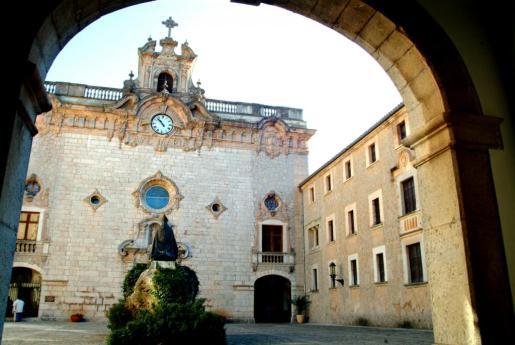 El Santuario alberga un completo museo.