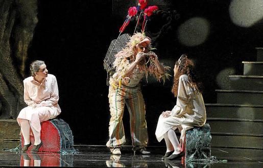 Imagen del estreno de 'La flauta mágica' dentro de la XXVII Temporada d'Òpera del Teatre Principal.
