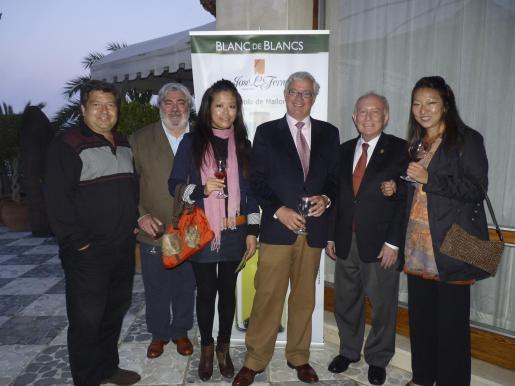Manuel Hernández, Rafael Salas, Yuka Hirabayashi, José Luis Roses, Alfonso Ballesteros y Naoko Ueno.