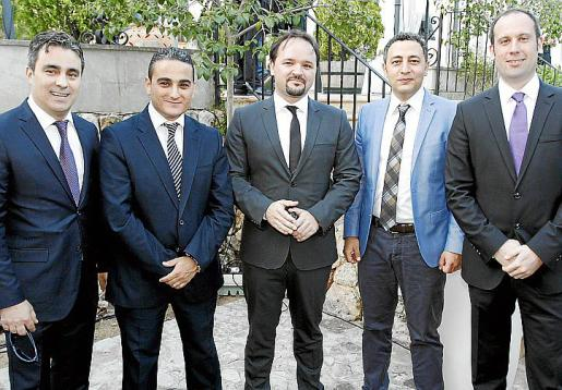 Orkun Atlan, Gorkan Baser, Yurtsever Goycek, Onur Sonnur y Kerem Otag.