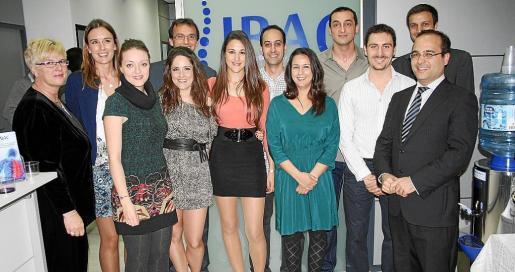 Miembros del equipo IBAC con Rafael Santiso.