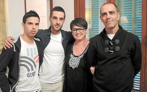 Alberto Gálvez, José Javier Gálvez, Rita Parra y José Gálvez.
