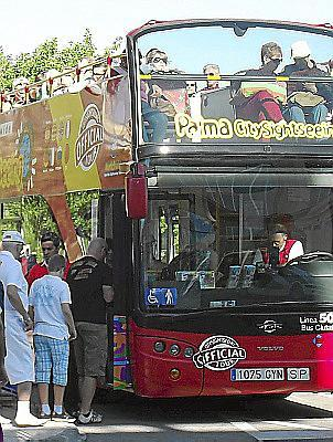 Imagen del bus turístico de Palma.