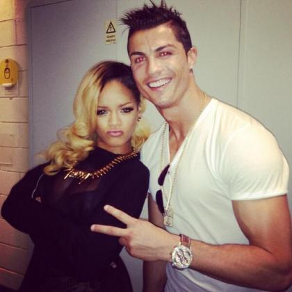 Imagen que ha colgado Cristiano Ronaldo en Twitter de su encuentro con Rihanna.
