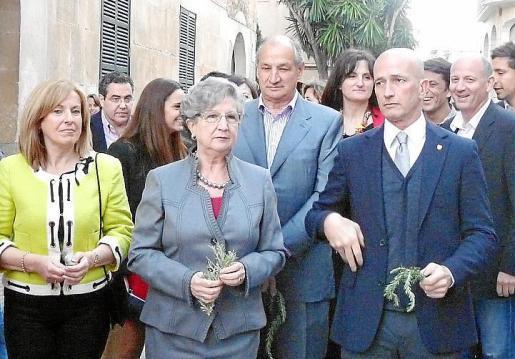 Maria Bover, Margalida Cortès (pregonera), Francesc Mateu, Francesca Rufiandis, Antoni Pastor y Joan Gomila.