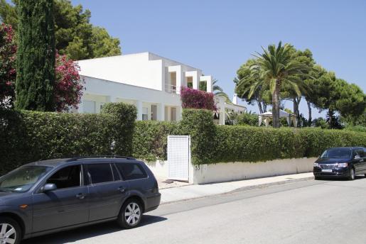 Los hijos de Pilar de Borbón venden su casa de Mallorca