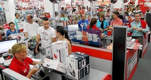 La mayor parte de las autorizaciones de grandes comercios corresponden al año 2012.