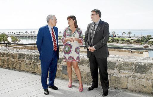Pere Navarro (PSC), Francina Armengol (PSIB) y Ximo Puig (PSPV), ayer.