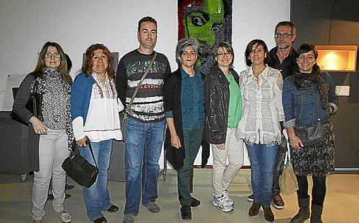 Encarna Domingo, Cecilia Sánchez, Toni Bauzá, Mercedes Prieto, Charo Ortega, Aida Álvarez, Toni Riera y Elena Segura.