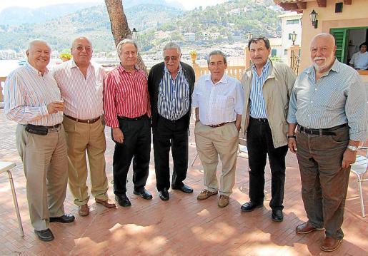 Joan Seguí, Biel Vanrell, Jaume Orell, Pere A. Serra, Pedro Iriondo, Josep Oliver y Jaume Ensenyat.