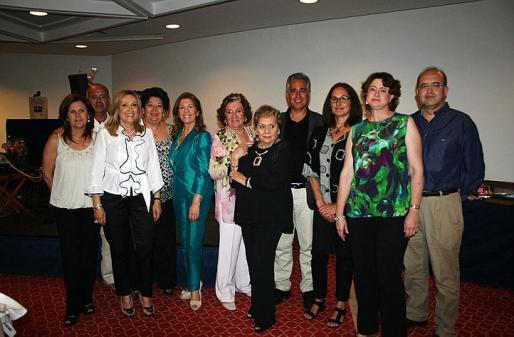 María Ramis, Joan Corró, Rafi Cordoba, Marga Matheu, Teresa Martorell, Carmen Ceva, Rosita Vidal, Rogelio Araújo, Bel Barceló, Ana María Luis y Jesús Corró.