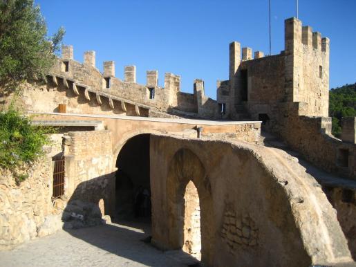 El castillo comenzó a construirse en el siglo XIV.