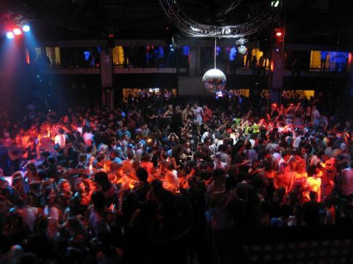 Interior de una de las conocidas discotecas de Mallorca.