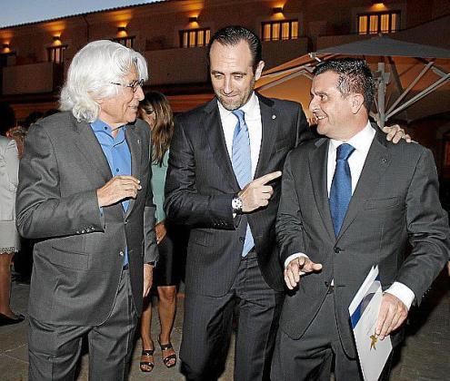 Miquel Fluxà, José Ramón Bauzá y Aurelio Vázquez.