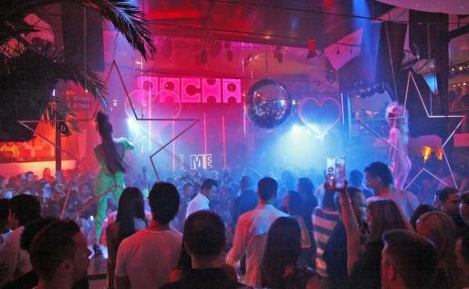 Pachá Ibiza es más conocida por la música House, pero abarca cinco salas con diferentes estilos musicales