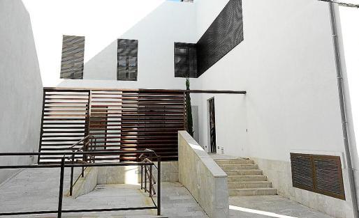 El Ministerio de Vivienda se hizo cargo de la reforma del edificio.