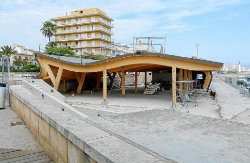 El nuevo edificio social ya es claramente visible y se prevé que las obras concluyan a final de mes.