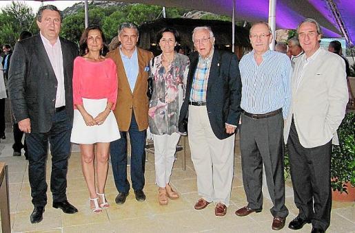 Ramón Servalls, Tonina Bestard, Joan Buades, Paula Serra, Tummy Bestard, Guillem Coll y Guillem Reynés.