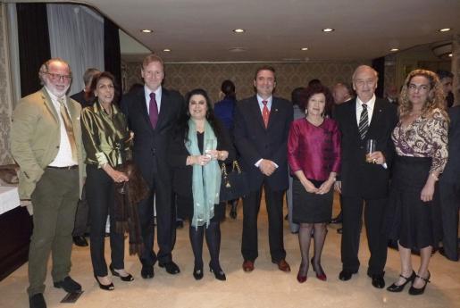 Luis Cilimingras, Ana Moreno, Ramon Socías, Antonia Prats, Pere Rotger, Aina Rado, Juan Torrente y Silvia Riera.