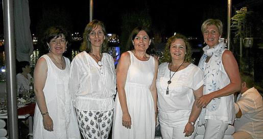 Marga Rojo, Cati Covas, Marga Matas, Cati Ramis y Xisca Tugores.