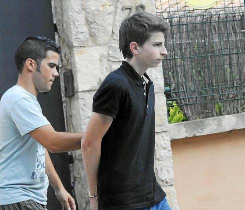 Andreu Coll, en uno de los registros realizados tras su detención.