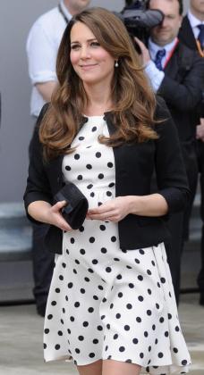 La duquesa Catalina de Cambridge asiste a la inauguración de la apertura al público de los estudios de cine de Warner Bros en Leavesdenel pasado mes de abril
