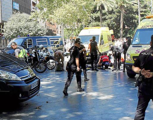 Momentos después del ataque en la plaza.