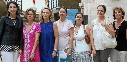 Dolores Ripoll, Esperanza Nadal, Isabel Muñoz, Olga Terrón, Ruth Jiménez, Sion Zaforteza y Magdalena Darder.