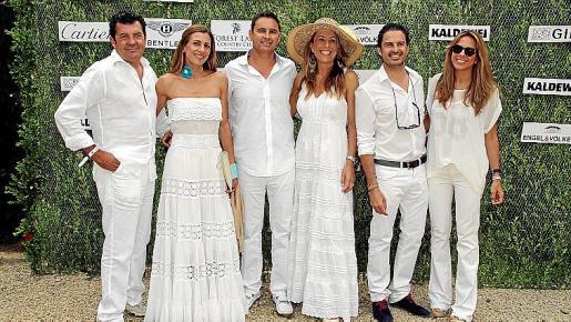 Gabriel Planisi, Isabel Piñero, Jaime Sitjar, Encarna Piñero, Julio Pérez y Lidia Piñero.