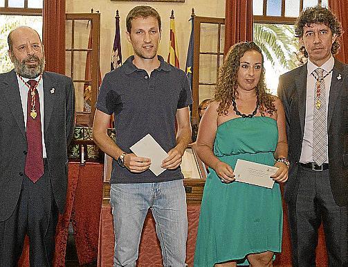 Joan Triay, Llorenç Pons Moll, Esperança Morro y Josep Moll en la entrega del premio a la poesía y la estampa.