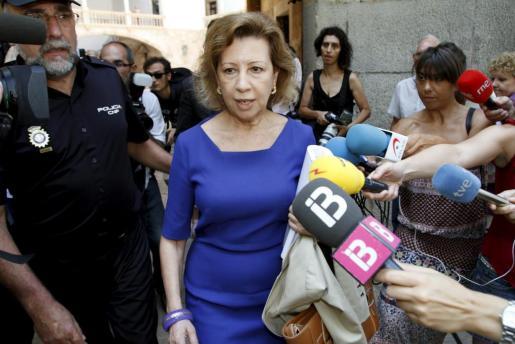 Maria Antònia Munar, al salir de la Audiencia Provincial donde regresará a las 15.00 horas.