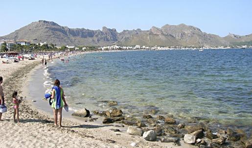 Els Tamarells combina una gran afluencia de bañistas con un ambiente tranquilo.