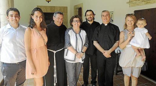 Marc Capó, Patricia Llamas, Pere Vallespir, Catalina Cirer, Rafel Rodríguez, Bernat Nadal, Antonia Sánchez y Paula Massanet.