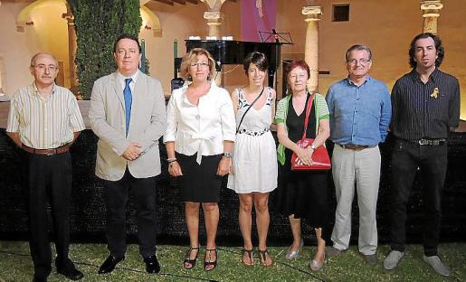 Jaume Muntaner, Rafel Torres, Maria Payeras, Anna Gual, Remei Romanos, Joan Rotger y Pere Joan Martorell.