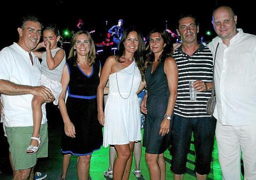 Luis Martín y Elena, Úrsula Extremera, María Garau, Marta Luque, Juan Vidal y Joan Duran.