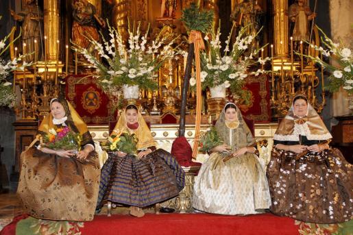 Margalida Campins, Esperança Bernat, Cristina Gual y Catalina Crespí.