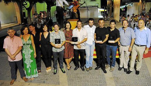 Tomeu Amengual (director de los teatros de Manacor), Catalina Caldentey (espacios escènicos de Calvià), Joan Matamalas (teatro de Artà), Carme Suárez (Auditorio de Alcúdia), Joan Porcel (El Somni Produccions), Montse González Parera, Sergi Marí (director de teatro), Xavier Núñez (actor), Josep Mercadal (actor), Jaume Miró (director y dramaturgo), Pere Cortada (teatros de Capdepera) y Pere Santandreu (Auditorio Sa Màniga).
