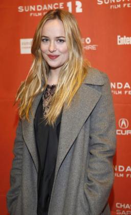 La actriz estadounidense Dakota Johnson protagonizará 'Cincuenta sombras de Grey'.
