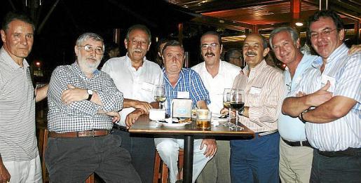 José Utrera, Ricardo Torres, Juan Sabater, Juan Flores, Fernando Fernández, Juan Campins, Antoni Picornell y Sebastià Riera.