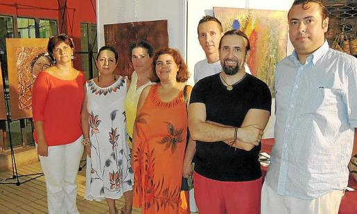 Marga Joan , Joana Maria Gelabert, Maria Asumpta Russo, Carme Matarín, Pep Joan Ferrer, Navarro Durruty y Diego Fayós.