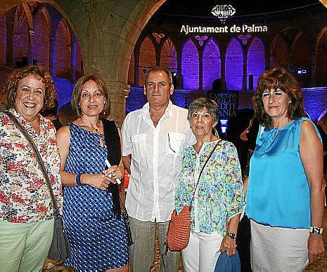 Margarita Soler, Ángels Arroyo, Paco Mosquera, Antonia Poderón y Lina Cabot.