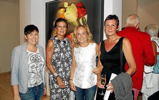 Macarena de Castro, Cristina Macaya, Francesca Martí y Martina Kaiser.