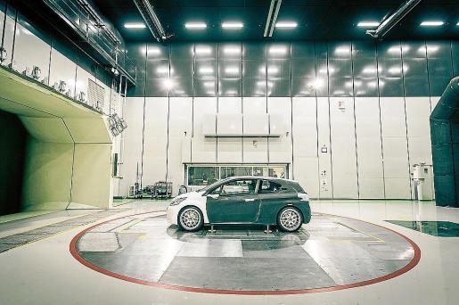 El proyectobusca lograr el objetivo de asociar placer de conducción, máximo rendimiento y mínimas emisiones.