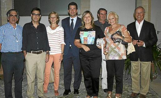Toni Planas, Ricardo Urgell, María José Massot, Fernando Gilet, María de Lluch Alemany, Salvador Orriach, Jacqueline Tobiass y Juan Albons.