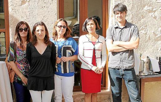Marga Bauçà, Cristina Alcina, Esperança Fiol, Pilar Carbonell y Sebastià Solivellas.