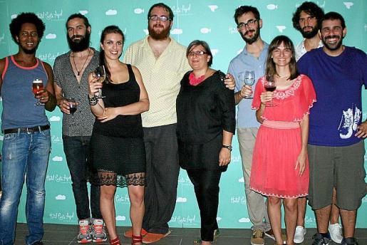 Frank Switwiste, Roberto Martínez, Sole Parody, Miguel Ferrer, Tina Codina, Sef, Toña Medina, Javier de Miguel y Carlos Márquez.