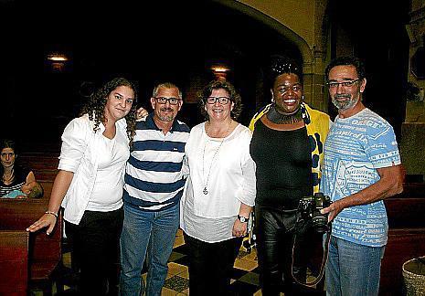 Laura Tomás, José Vicente Ribas, Catalina Cirer, Bilonda y Juan Calafell.