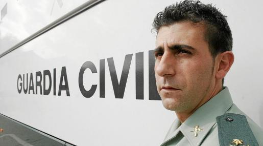 A sus 39 años, el comandante Francisco es uno de los mandos beneméritos más laureados por servicios importantes.
