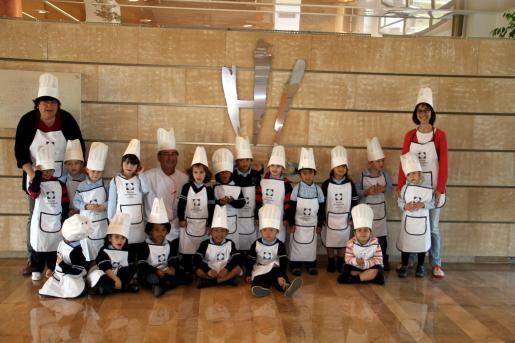 Los pequeños realizaron una visita por todas las instalaciones de la Escola d'Hoteleria de les Illes Balears.